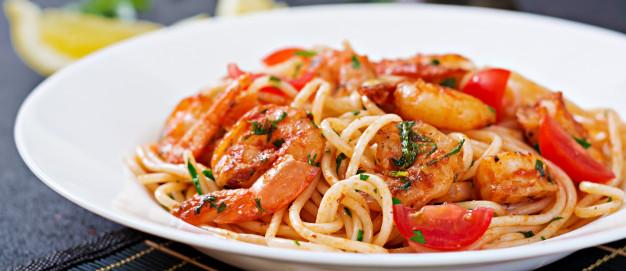 Espaguetis con gambas, Receta de Espaguetis