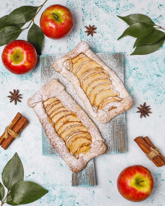 Tarta de Hojaldre con Manzanas